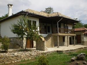 Къща до Варна