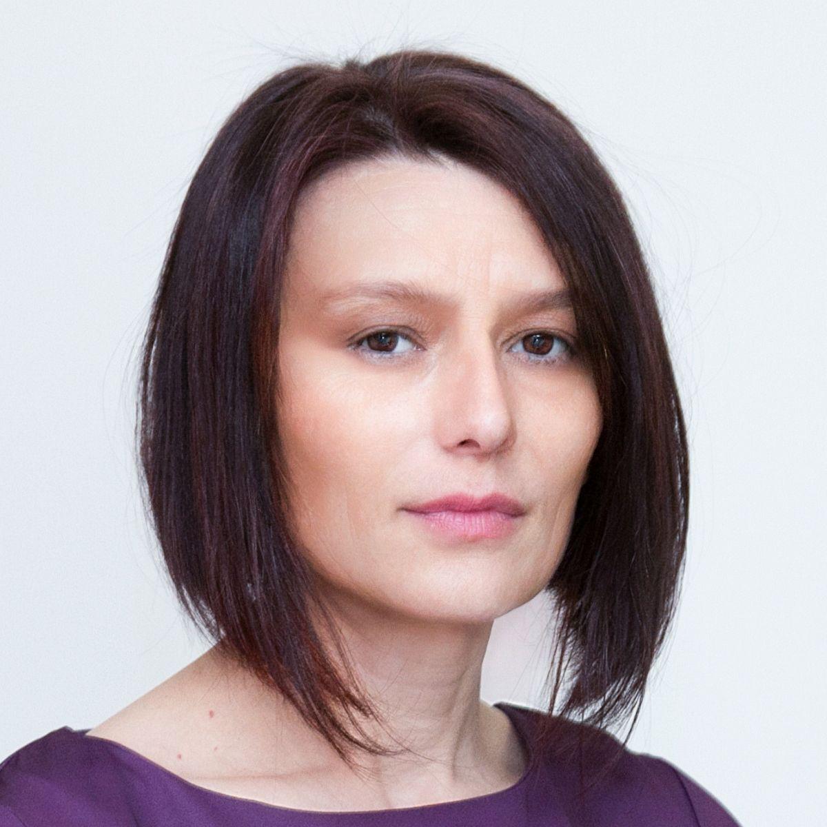 Камелия Ждерова