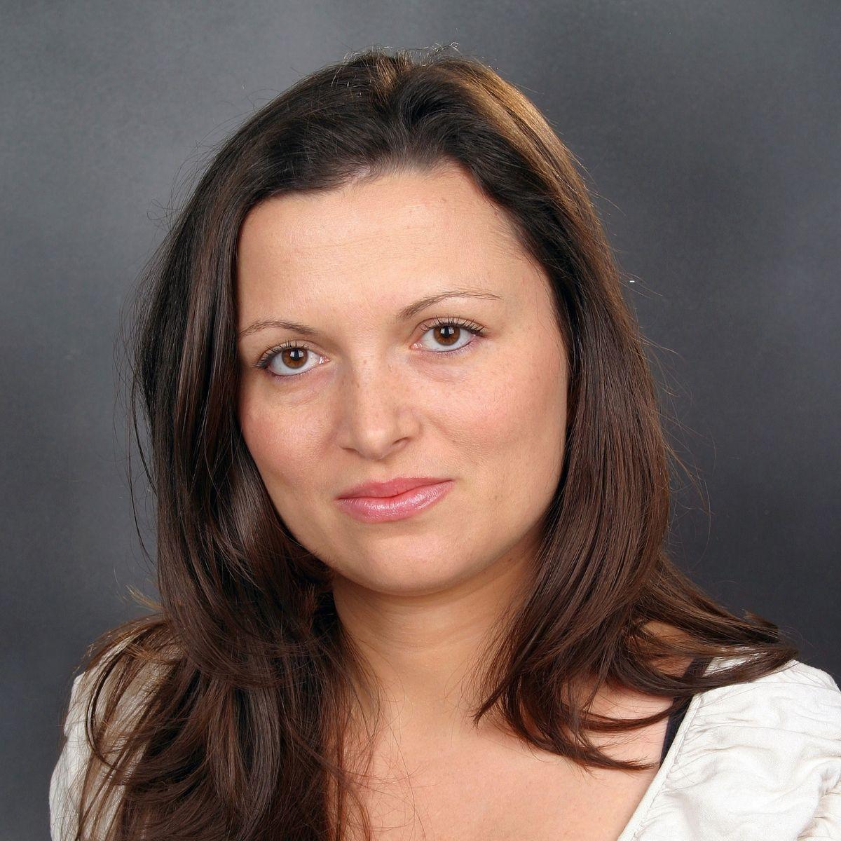 Силвия Николова